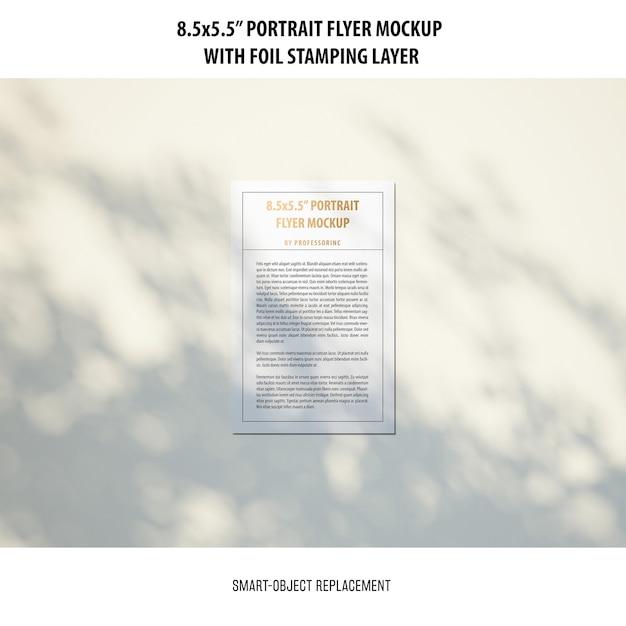 5.5x8.5 ''세로 전단지 모형 무료 PSD 파일