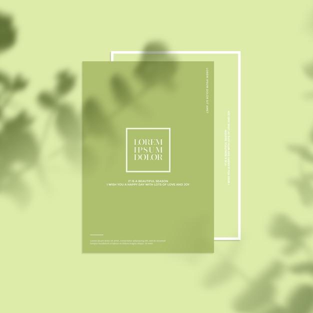 葉の影と文房具のモックアップ Premium Psd
