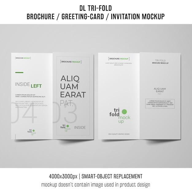 Две трижды брошюры или макеты приглашений рядом друг с другом Бесплатные Psd