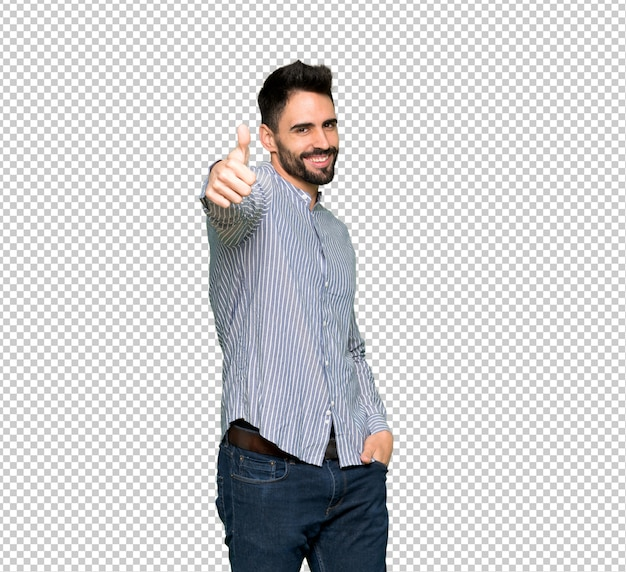 Элегантный мужчина в рубашке показывает большой палец, потому что случилось что-то хорошее Premium Psd