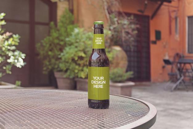 Макет пивной бутылки Premium Psd