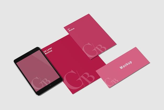 カードと招待状のモックアップ Premium Psd