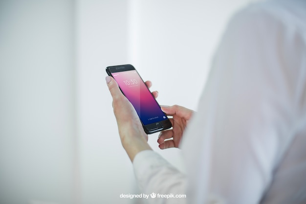ビジネスはスマートフォンを持って手を握る 無料 Psd