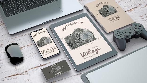 ヴィンテージ写真コンセプトのステーショナリーモックアップ 無料 Psd