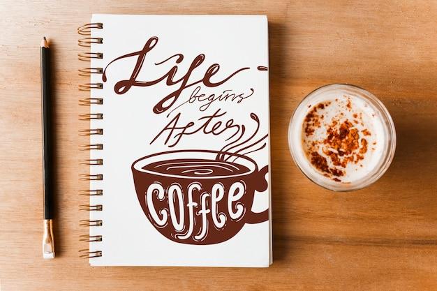Макет ноутбука с концепцией кофе Бесплатные Psd