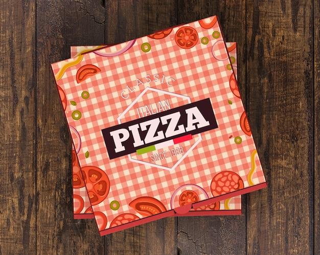積み重ねられたピザ箱のモックアップ 無料 Psd