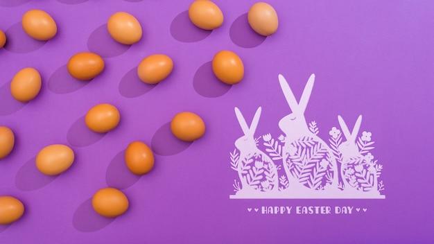 イースターの日の卵とウサギのモックアップ 無料 Psd