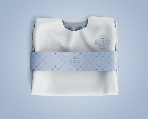 ブランドロゴ付きスポーツシャツモックアップ 無料 Psd