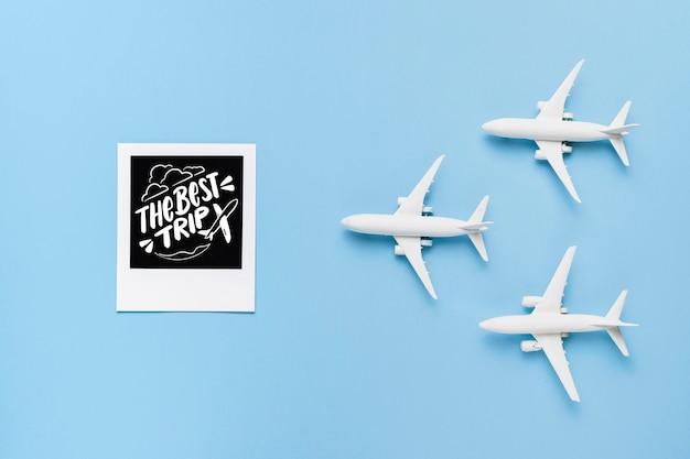 Лучшая поездка с тремя игрушками для самолетов Бесплатные Psd
