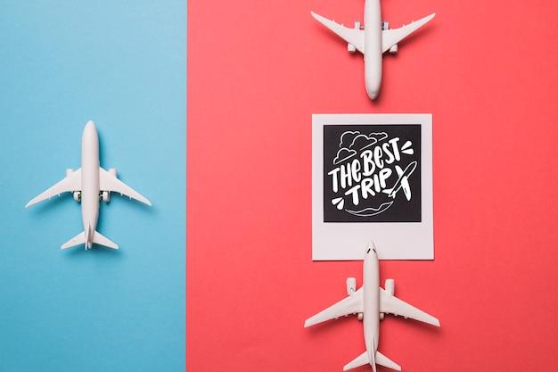 コンセプトを旅行の休日のためのやる気を起こさせるレタリング引用 無料 Psd