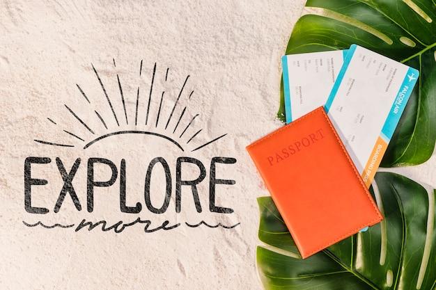 Узнайте больше, надписи с паспортом, билетом на самолет и пальмовых листьев Бесплатные Psd