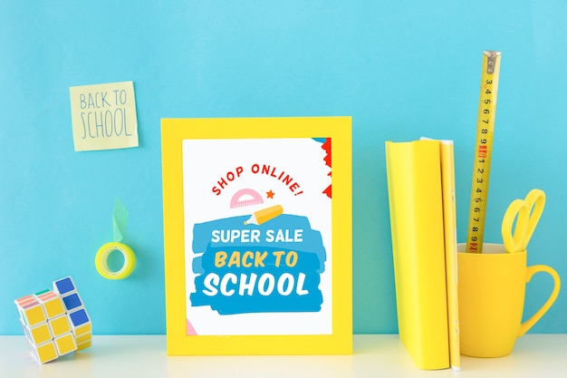学校に戻るスーパーセールのバナーデザイン 無料 Psd
