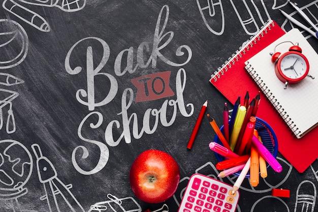 黒板で学校概念に戻るトップビュー 無料 Psd