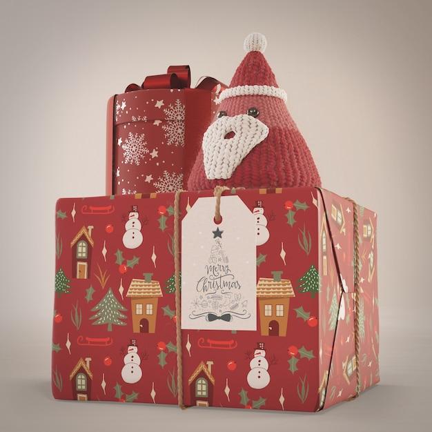 Подарки, завернутые в красную декоративную бумагу Бесплатные Psd