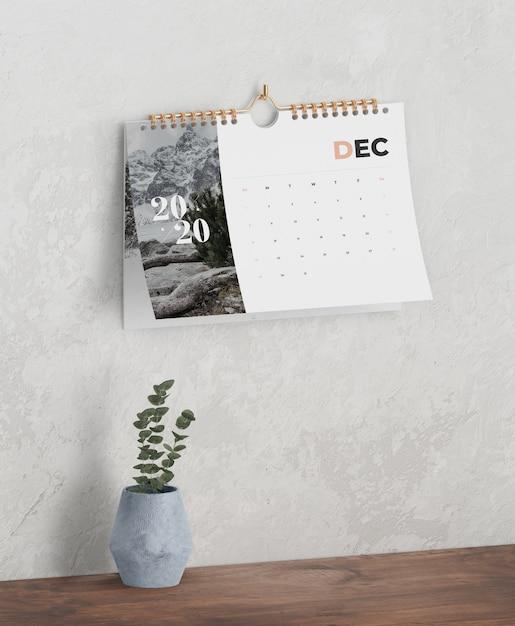 Годовой календарь в виде спиральной книжной ссылки Бесплатные Psd