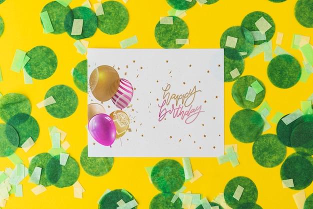 お誕生日おめでとうペーパーモックアップ 無料 Psd