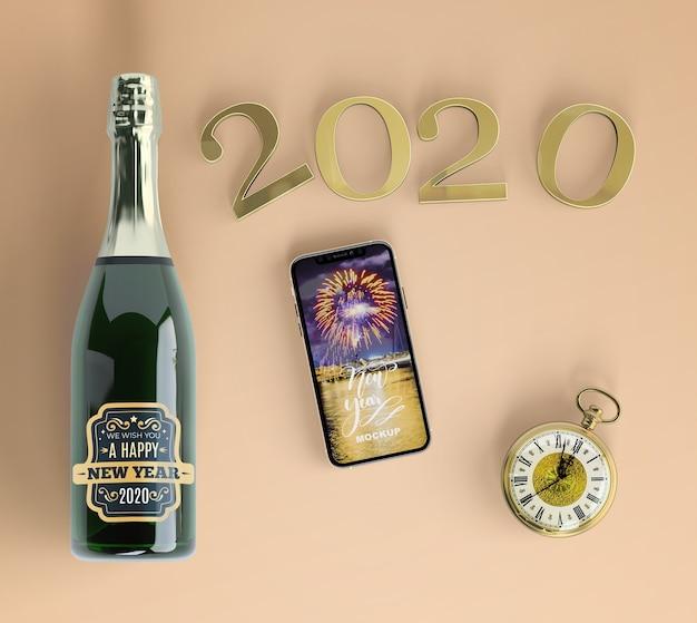 Праздничный макет телефона с шампанским Бесплатные Psd
