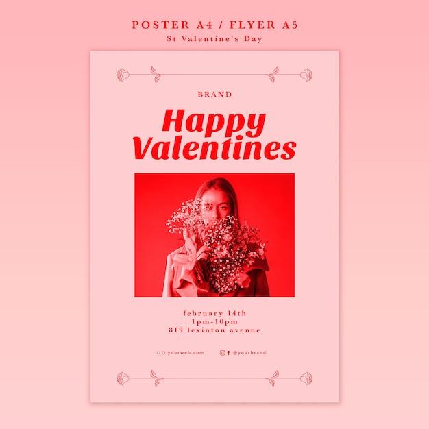 Женщина с цветами с днем святого валентина плакат Бесплатные Psd