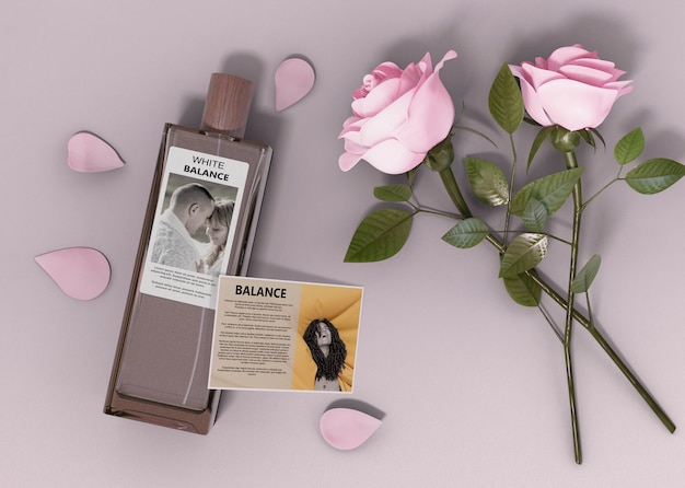香水瓶とバラの横 無料 Psd