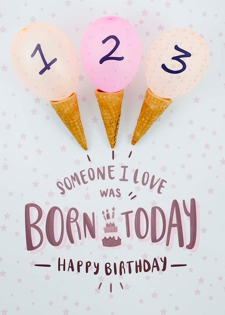 アイスクリームコーンと風船の誕生日の配置 無料 Psd