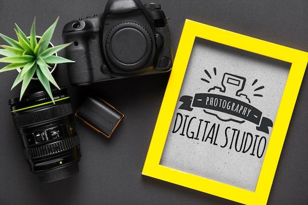 カメラデバイスの横のフレーム 無料 Psd
