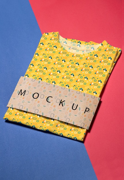 色とりどりのシャツコンセプトモックアップ 無料 Psd