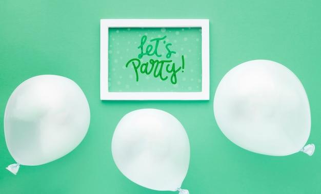 白いフレームで誕生日用風船 無料 Psd
