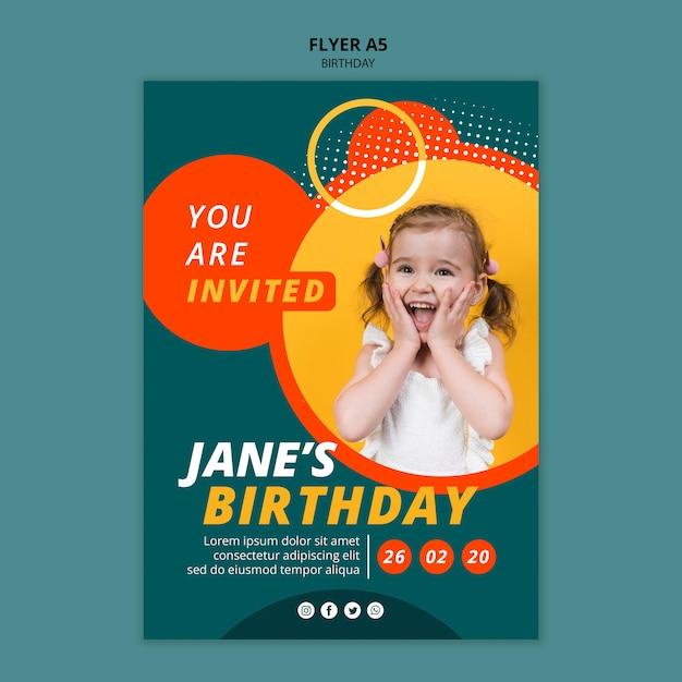 Шаблон поздравительной открытки с днем рождения Бесплатные Psd