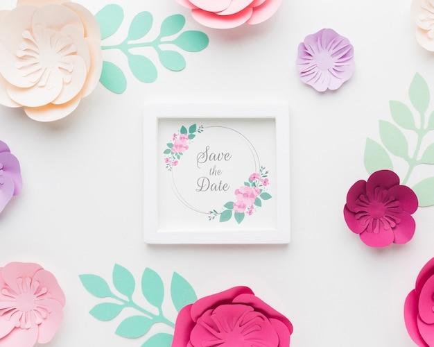 結婚式のフレームのモックアップで紙が流れる 無料 Psd