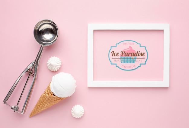 アイスクリームコンセプトのモックアップ 無料 Psd