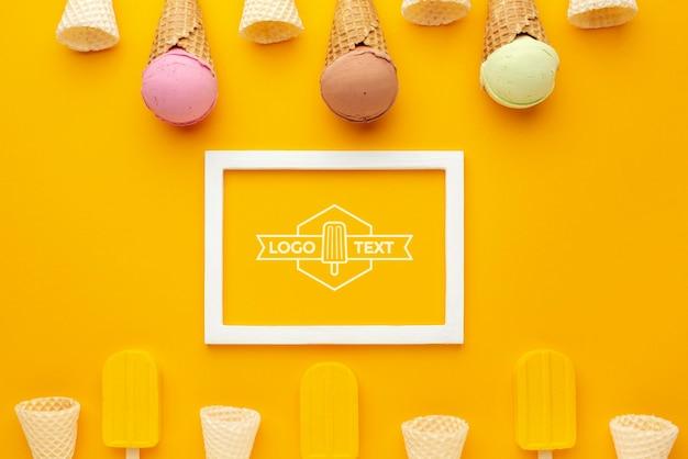 おいしいアイスクリームコンセプトのモックアップ 無料 Psd