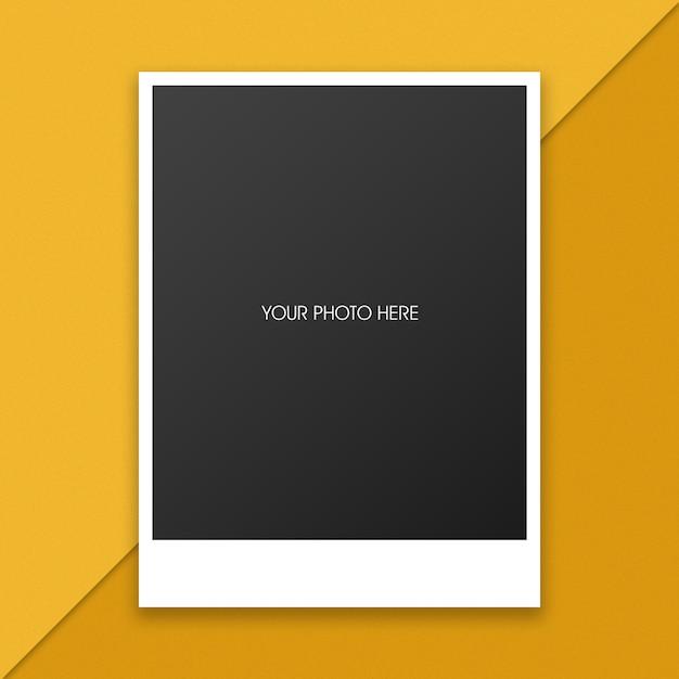 あなたのデザインのポラロイド写真フレームモックアップ Premium Psd