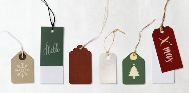 カラフルなクリスマスラベルとタグのモックアップ 無料 Psd