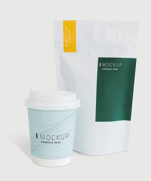 コーヒーショップのモックアップのパッケージ化 無料 Psd