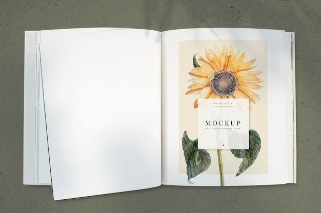 空白スペースで雑誌のモックアップにひまわり 無料 Psd