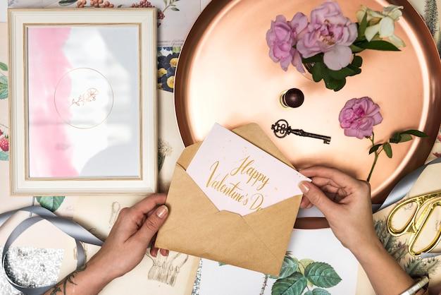 Романтическая открытка на день святого валентина Бесплатные Psd