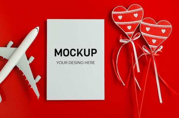 バレンタインデーの旅行計画。旅行の概念、モックアップ。 Premium Psd