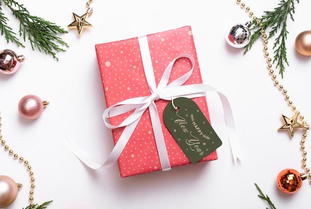 Рождественский подарок тег макет шаблона. Premium Psd