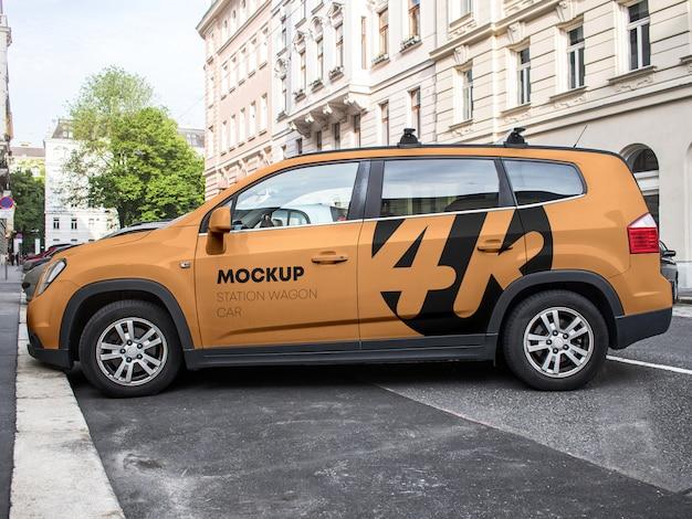Автомобиль универсал макет Premium Psd