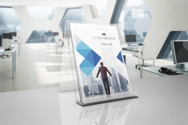 プラスチックホルダー模型のフライヤー Premium Psd