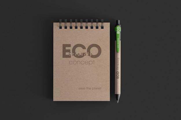 エコボールペンモックアップを備えたクラフトスパイラルノート Premium Psd