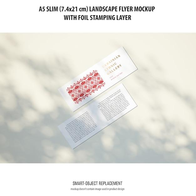 A5 슬림 프리 플라이어 목업 무료 PSD 파일
