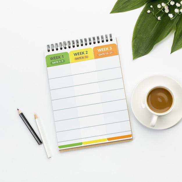 Повестка дня с концепцией еженедельного планировщика Бесплатные Psd