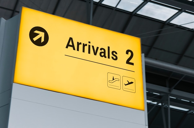 Announcement screen mockup at the airport Free Psd