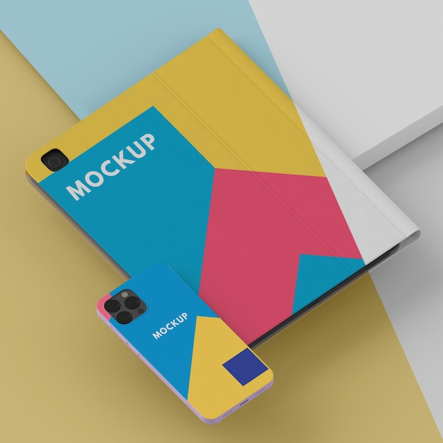 Arrangement of tablet and phone case mock-up Free Psd