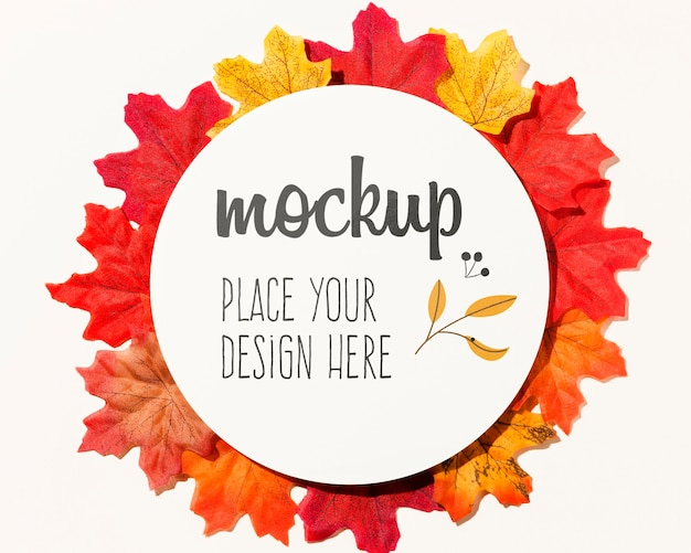 Autumnal colorful leaves assortment Free Psd