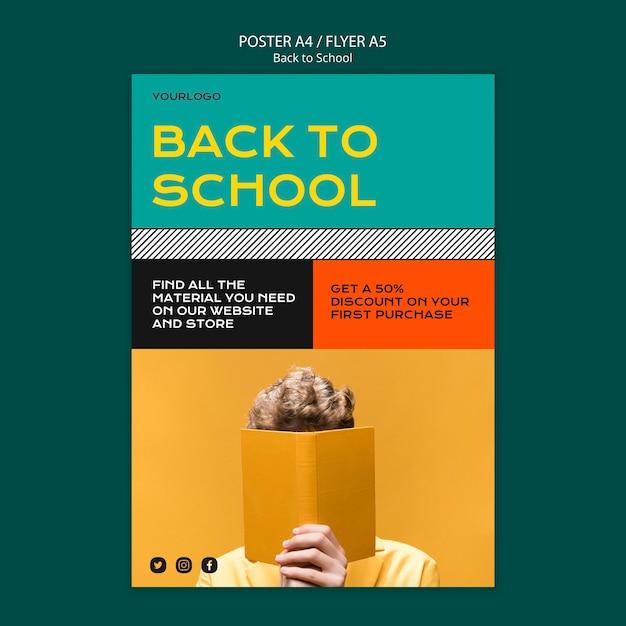 Torna a scuola poster modello di progettazione Psd Gratuite
