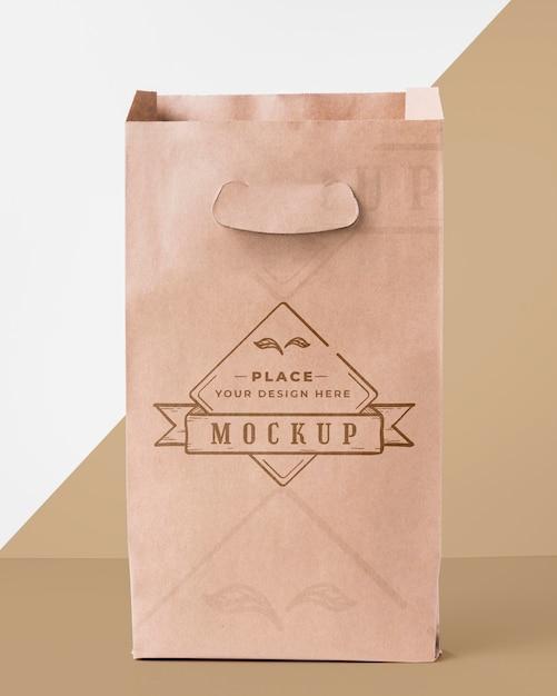 Bag mock-up on bicolor background Free Psd