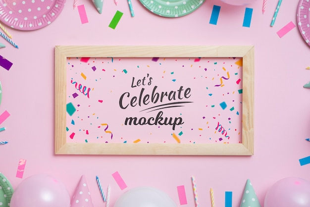 Bellissimo mock-up di concetto di compleanno Psd Gratuite