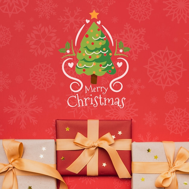 Beautiful christmas gift concept mock-up Free Psd